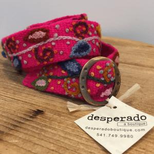 Image of the pink wool Peruvian belt by Alma Soul.
